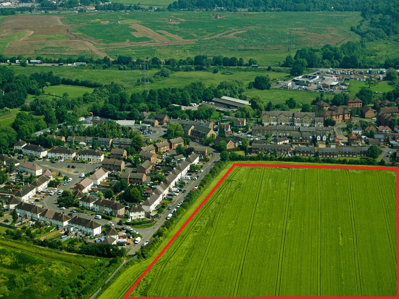 We are keen to acquire freehold sites where we can use our skills and finance to achieve planning for commercial, residential or mixed used schemes. This could involve buying greenfield land or town centre brownfield sites.